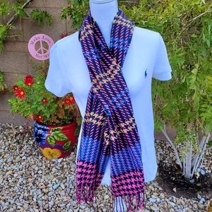 EUC D&Y Softer Than Cashmere Pink/Multi Scarf